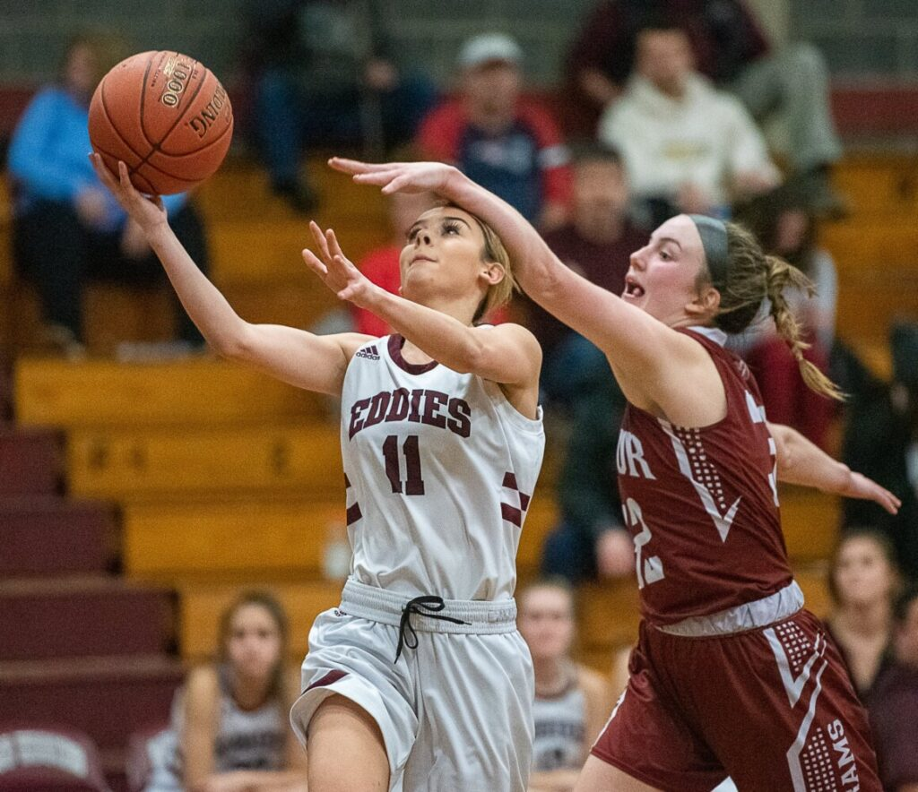 Girls Basketball Bangor S Size Shooting Too Much For