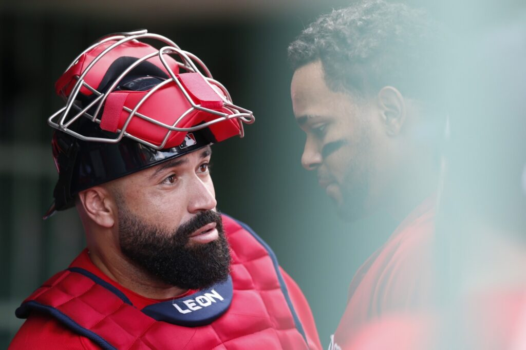 The Boston Red Sox traded catcher Sandy Leon to the Cleveland Indians for minor league pitcher Adenys Bautista.