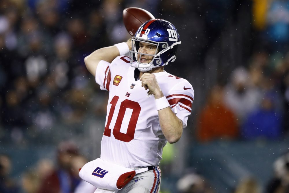 Quarterback Eli Manning will start for the second straight week for the New York Giants. Daniel Jones is sidelined with a high ankle sprain.
