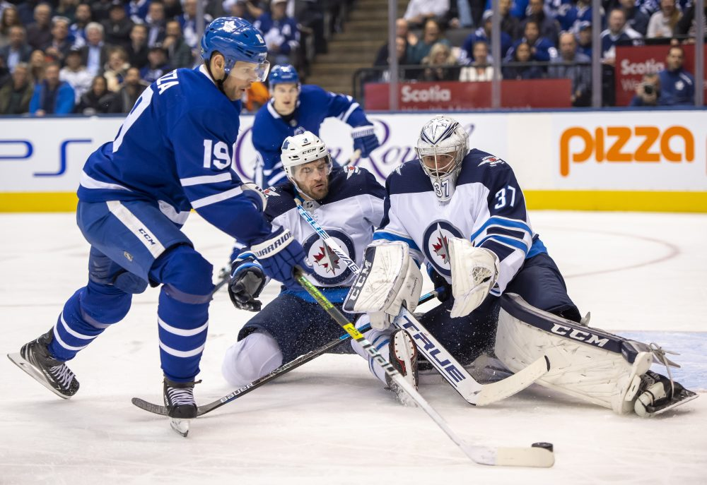 Jets_Maple_Leafs_Hockey_44324
