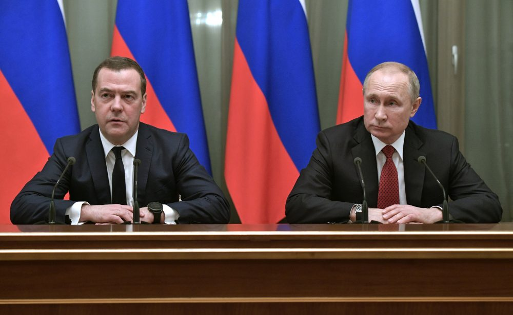 Russia_Prime_Minister_Resigns_88014