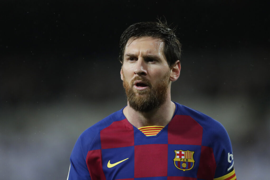 Messi says Barcelona players taking 70 percent pay...