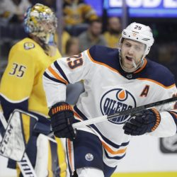 Oilers_Predators_Hockey_80613