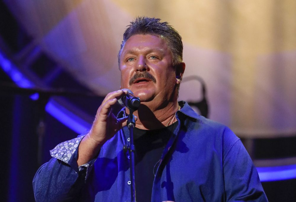 Joe Diffie performs in 2018 at the 12th annual ACM Honors in Nashville, Tenn.