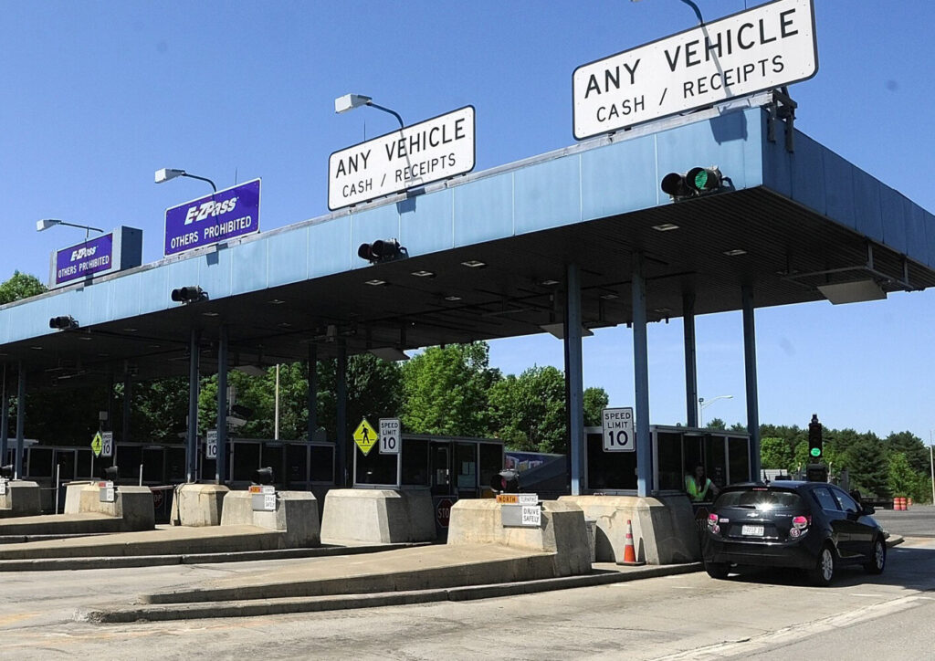 The toll plaza on the Maine Turnpike in West Gardiner.