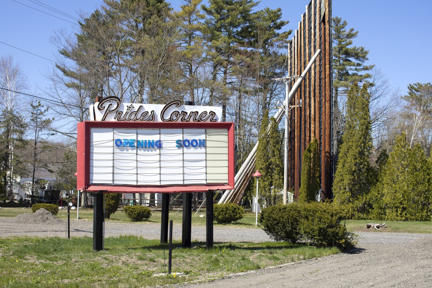 With Movie Theaters Closed A Spot At The Drive In Is A Hot Ticket Portland Press Herald