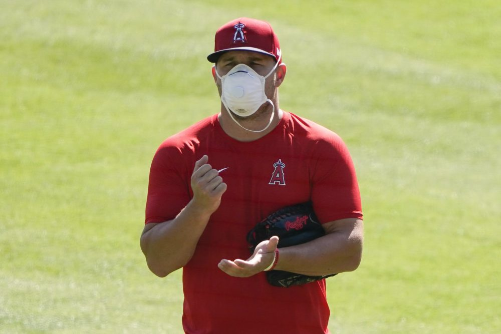 Los Angeles Angels' Mike Trout still uncomfortable with playing this season