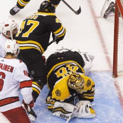 Bruins_Hurricanes_Hockey_04339