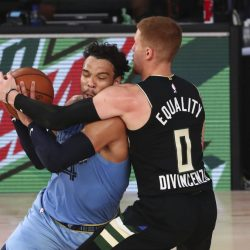 Bucks_Grizzlies_Basketball_12996