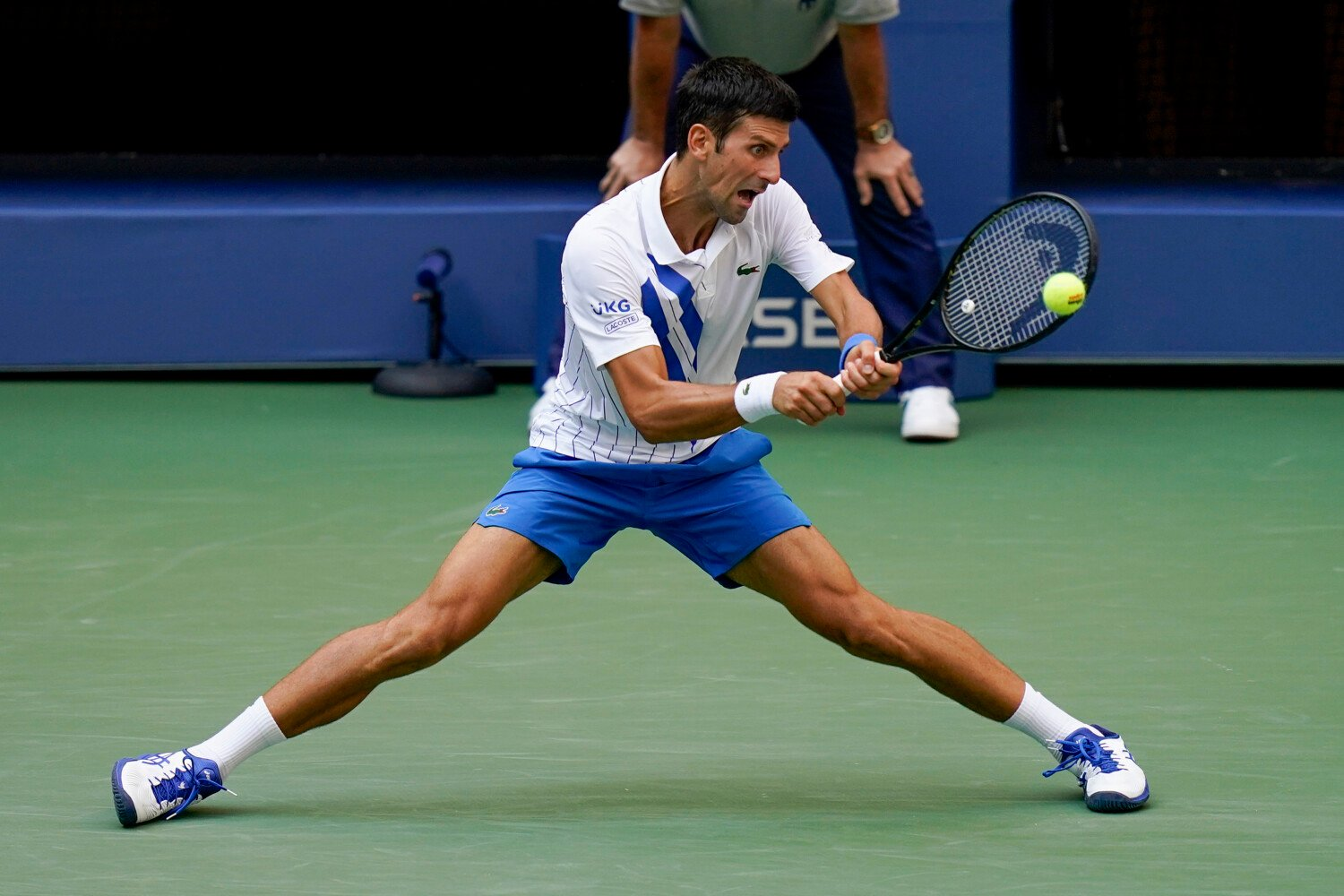 Djokovic Out Of U S Open After Hitting Line Judge With Ball Portland Press Herald