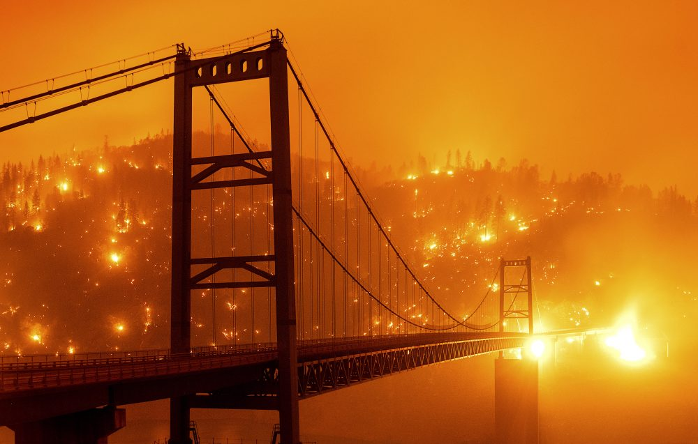 APTOPIX_California_Wildfires_57365