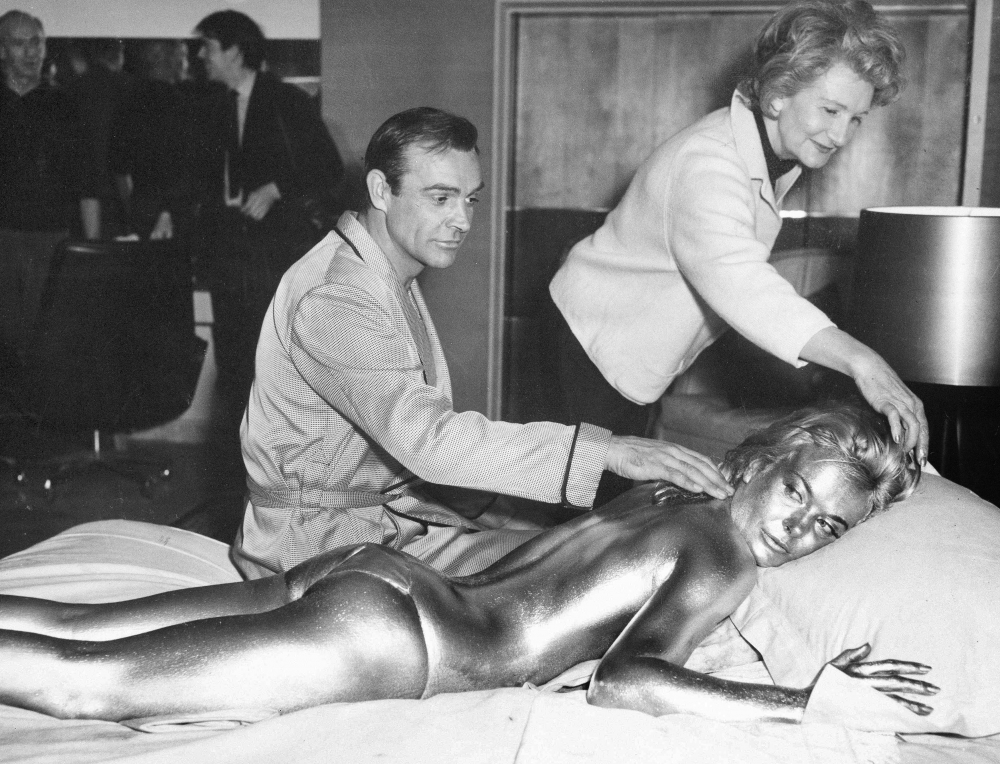 Sean Connery, Shirley Eaton