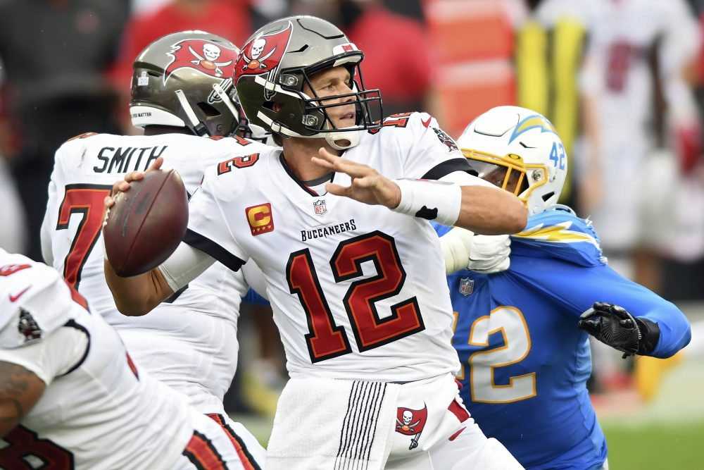 Chargers_Buccaneers_Football_94441