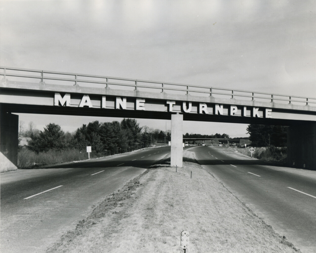 Maine Turnpike gateway sign at Kittery, 1947