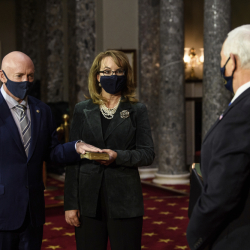 Senate_Mark_Kelly_67088