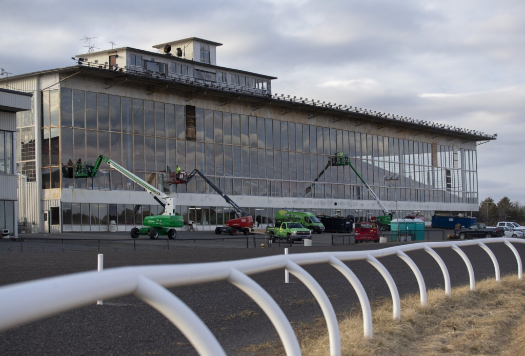 Crossroad Holdings will donate the use of the former grandstand at Scarborough Downs to MaineHealth so it can be transformed into a high-volume COVID-19 vaccination clinic.