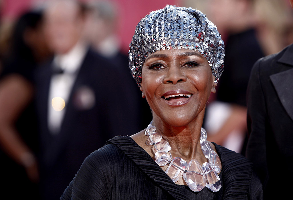 Cicely Tyson arrives at the Primetime Emmy Awards on Sept. 20, 2009, in Los Angeles.