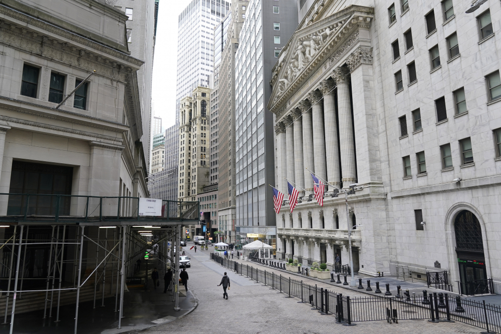 US stocks rise as market eyes stimulus after bad jobs data