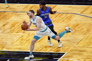 Hornets_Magic_Basketball_85745