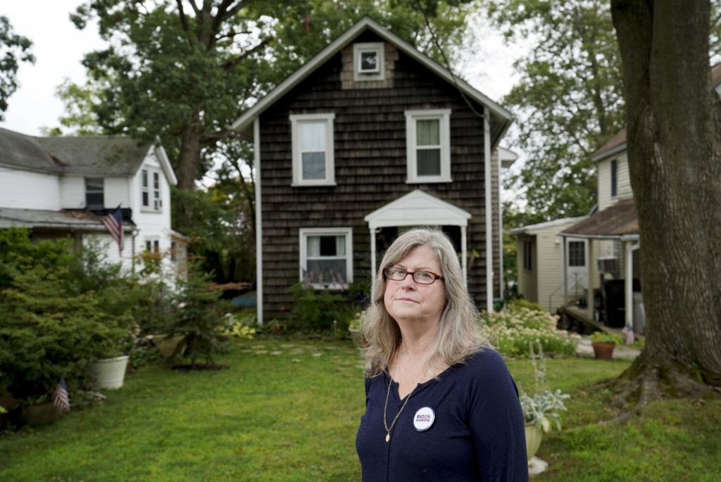 """""""This is a history that I never wanted to live through,"""" said Pennsylvania resident Nora Schreiber McDonough. """"This is a history that blows my mind."""""""