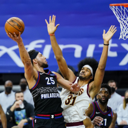 Cavaliers_76ers_Basketball_08791