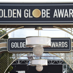 Golden_Globes_Laydown_98063