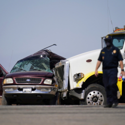 APTOPIX_California_Highway_Crash_20532