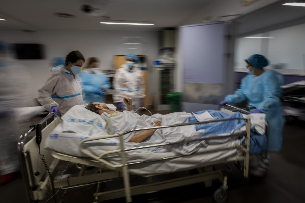 Virus_Outbreak_Spain_Hospital_76458
