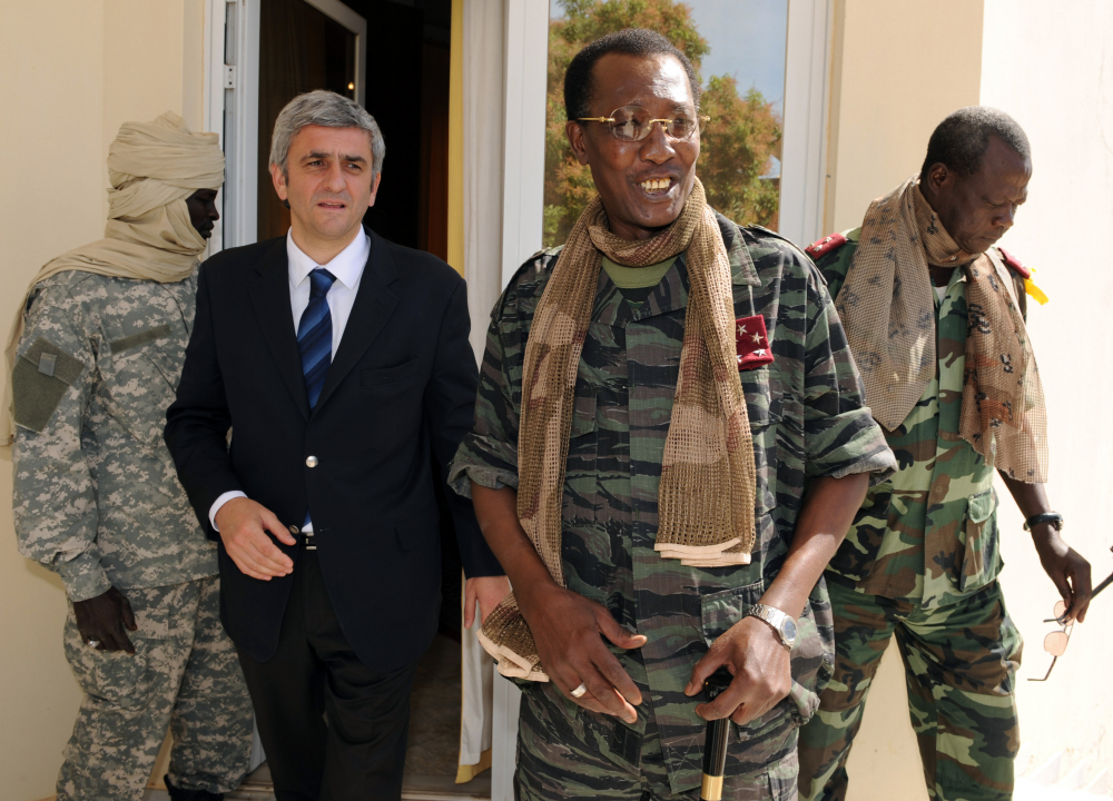 Chad's President Idriss Deby Itno, center-right, meets with French Defense Minister Herve Morin, center-left, in N'Djamena, Chad, in 2008. The country's top military commander announced Deby was killed on the battlefield Tuesday in a fight against rebels.