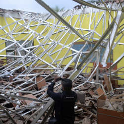 Indonesia_Earthquake_17636