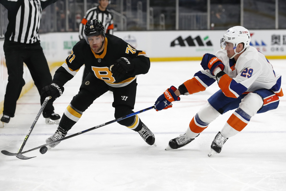 Islanders_Bruins_Hockey_27638