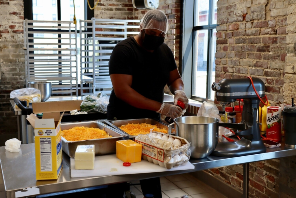The Wrap: Soul food, seafood and autographs