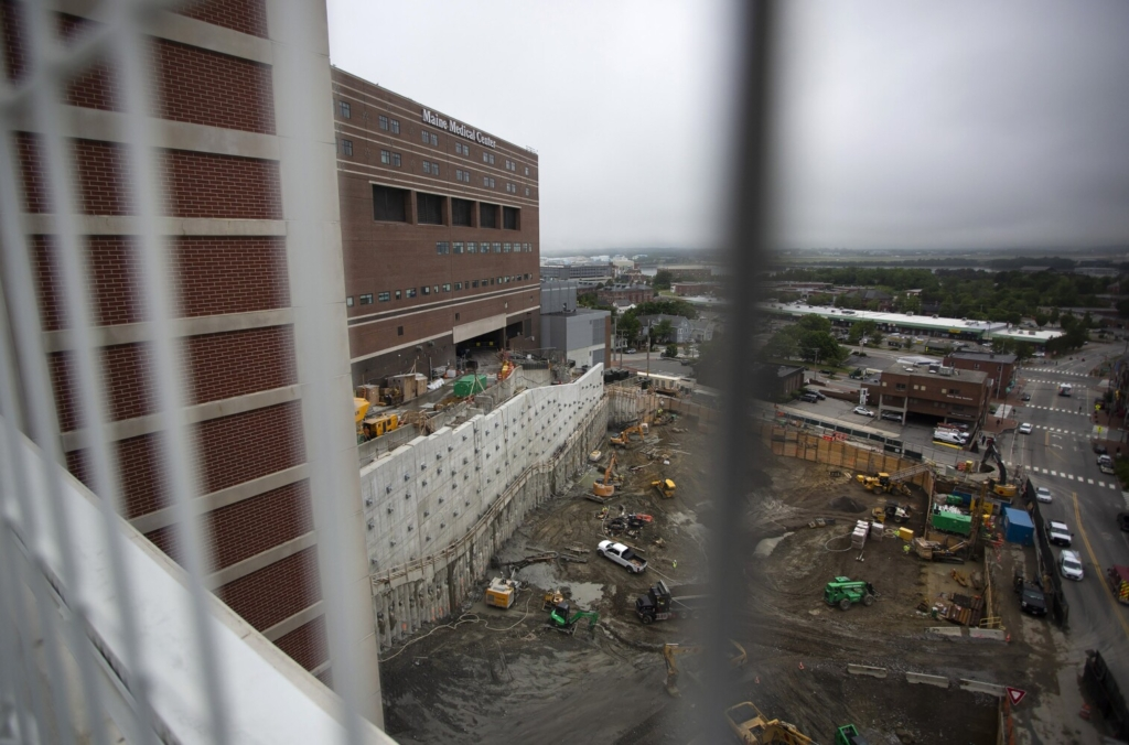 Maine Medical Center announced the largest single philanthropic gift in the hospital's 150-year history on Tuesday, a $25 million donation by John and Leslie Malone. In recognition of the gift, MMC will name its newest building, currently under construction on Congress Street, the Malone Family Tower.