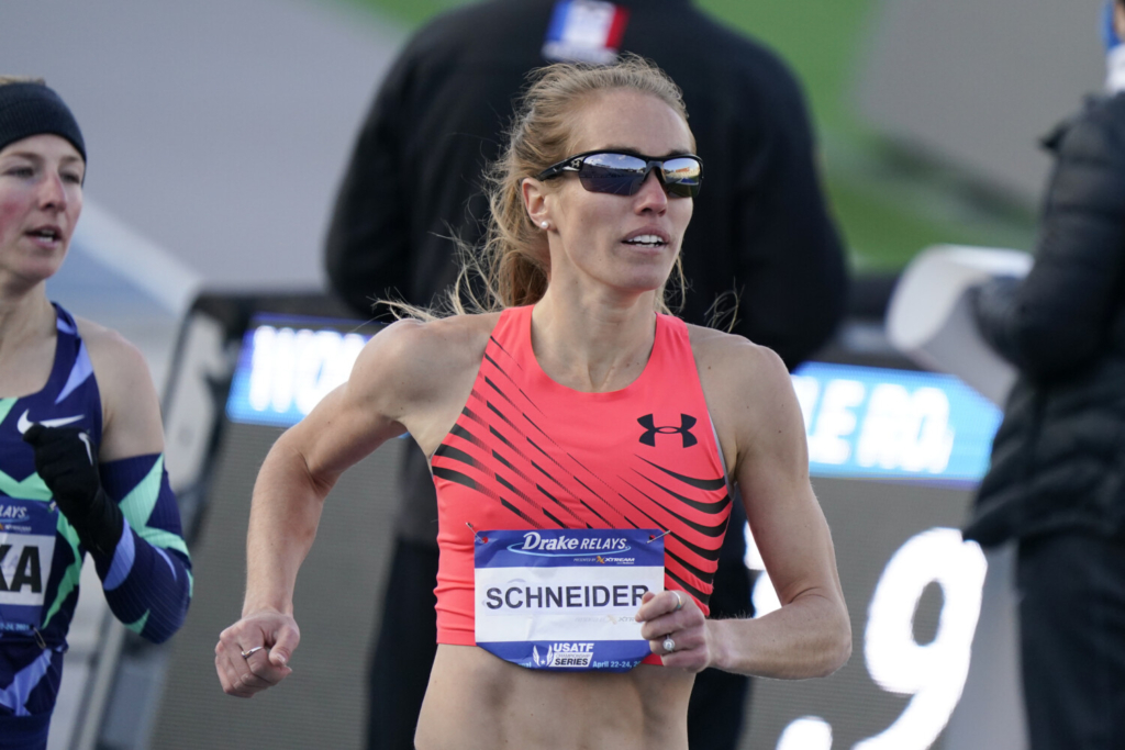 Olympic notebook: True scratched from 5,000, Schneider's 10,000 moved because of extreme heat