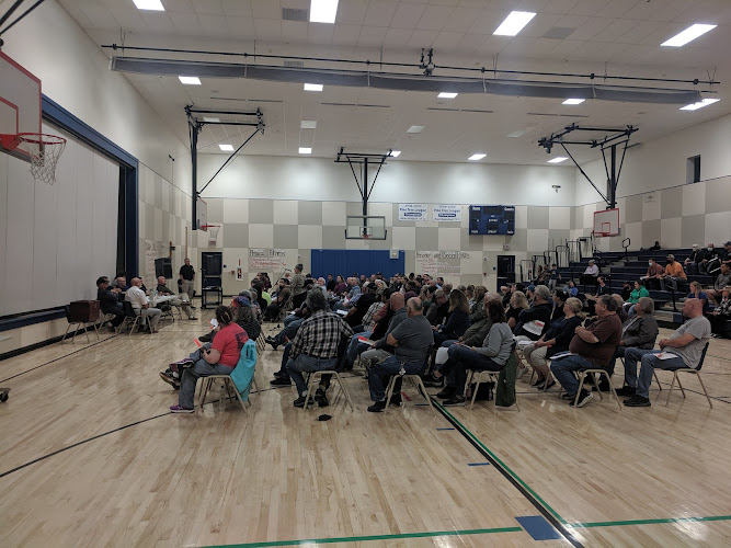 More than 100 people attend a special town meeting Tuesday night in Sabattus to decide whether to disband the Police Department. Roughly 80% voted to keep their force.