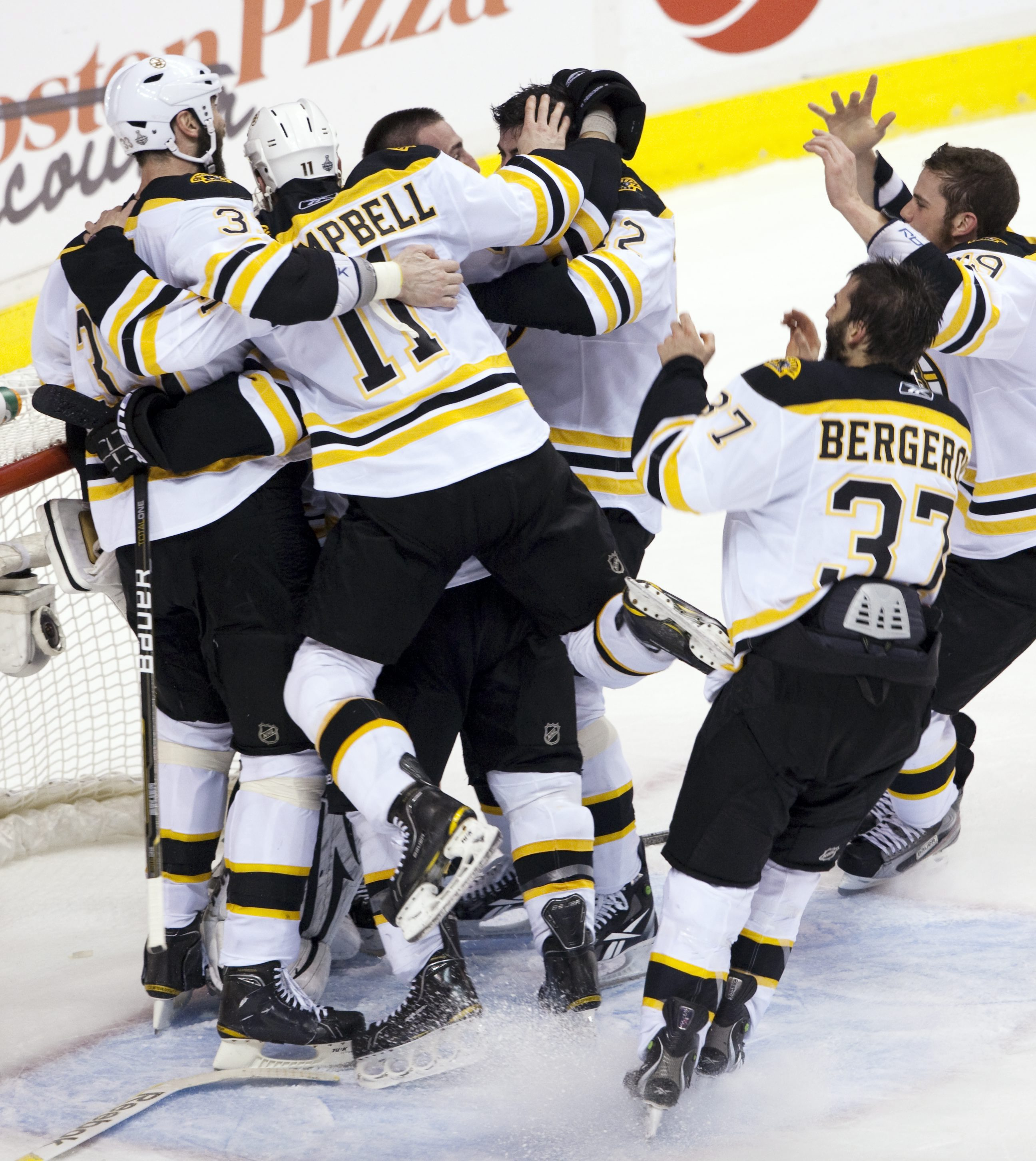 Boston Bruins Win Stanley Cup, Beat Vancouver 4-0