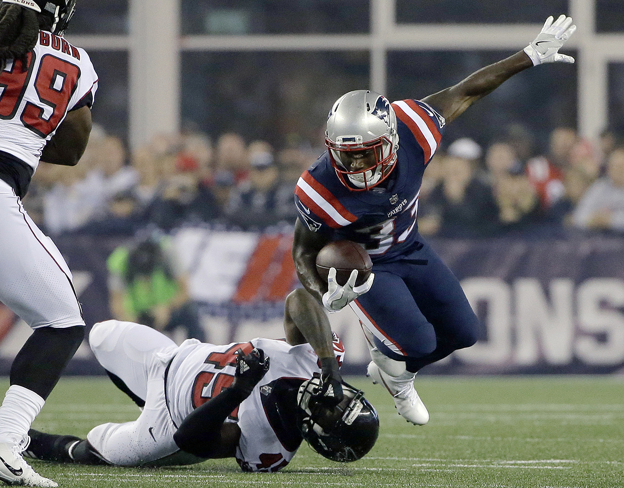 f02d7f44a Run game finally shows some production for Patriots | Lewiston Sun ...