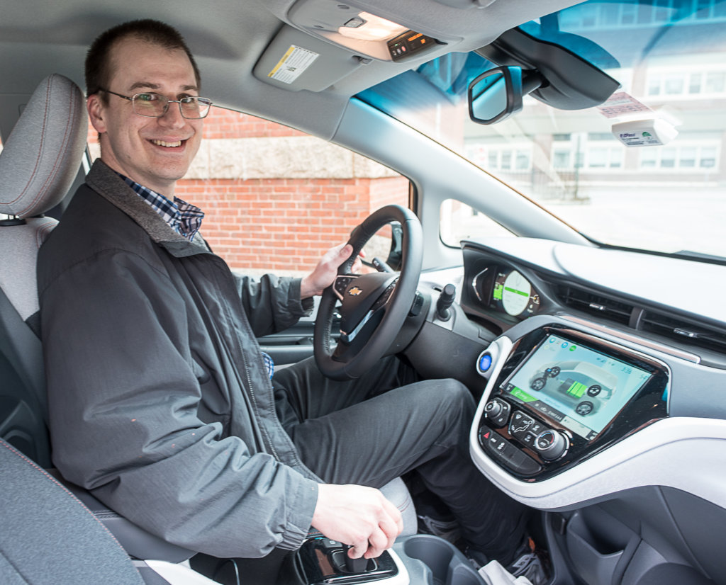 Bill Hensley Behind The Wheel Of His Wife S New Electric Car A Chevy Bolt Andree Kehn Sun Journal