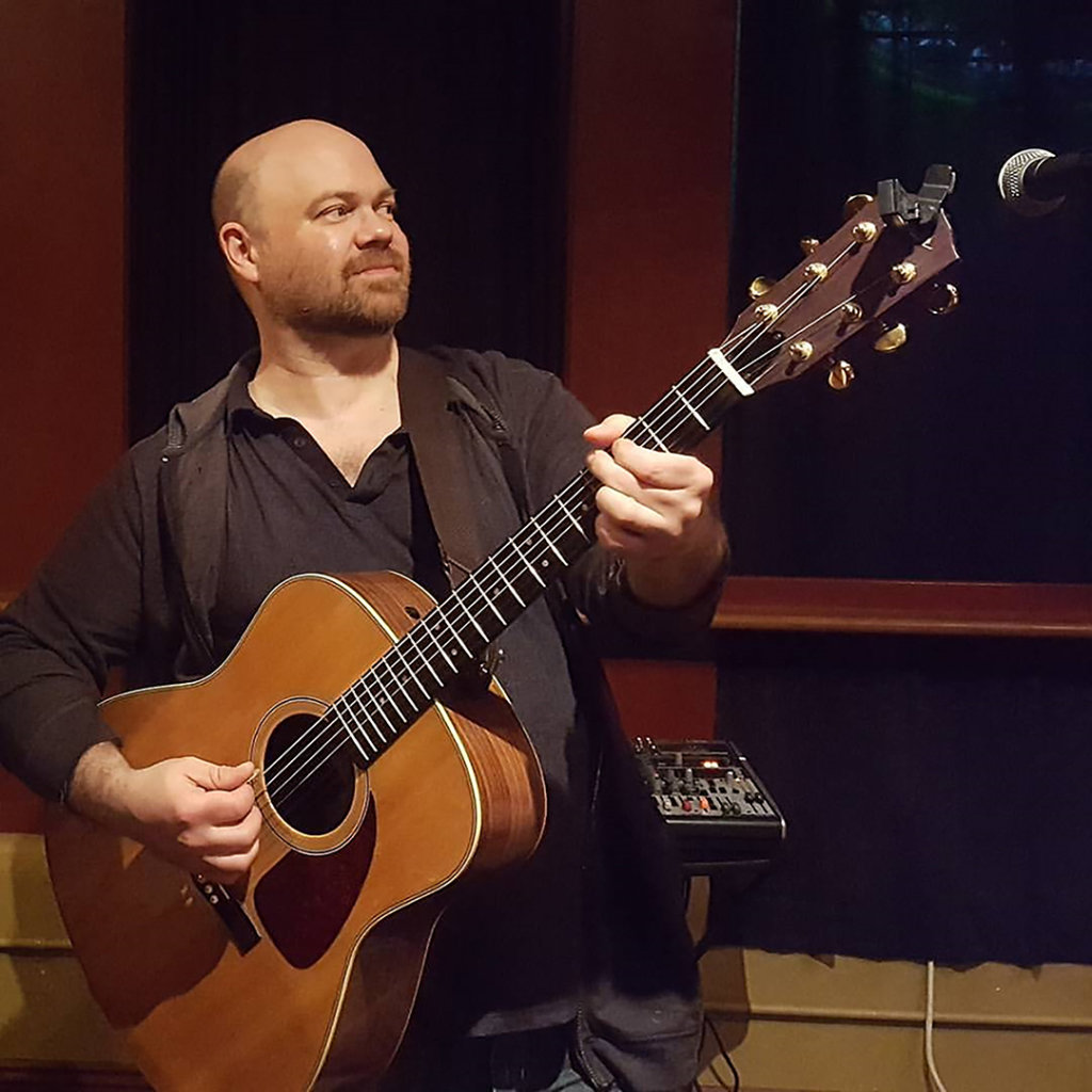 Mike Rodrigue live at Pedro's Friday night - Lewiston Sun Journal