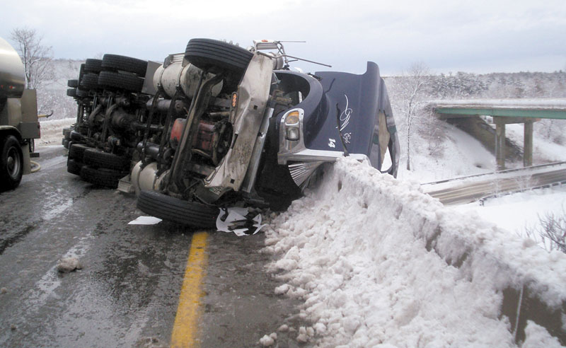 An accident Saturday that left a milk tanker laid across Interstate 95's southbound lanes near Exit 130 in Waterville blocked traffic for 5 hours.