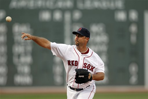 Boston starting pitcher Tim Wakefield earned his 198th career victory as the Red Sox beat the Blue Jays 6-4 on Wednesday in Boston.