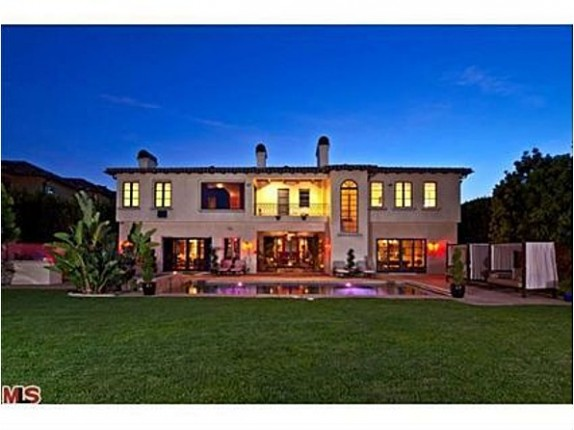 LA Clippers player Chris Paul purchased this Bel Air estate from singer Avril Lavigne for a reported $8.5 million.