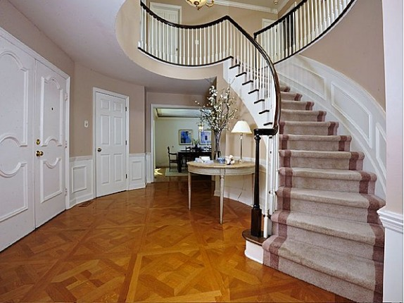 The foyer of the Connecticut home recently sold by TV host Regis Philbin.