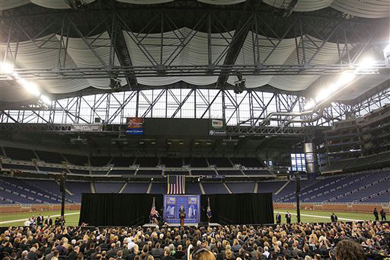 Republican presidential candidate Mitt Romney, addresses the Detroit Economic Club at Ford Field in Detroit, Friday, Feb. 24, 2012. (AP Photo/Carlos Osorio)