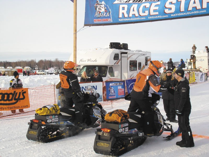 TOP ROOKIES: David Hammond, left, and Rob Gardner were the first rookie team to finish the Iron Dog race in Alaska this year.