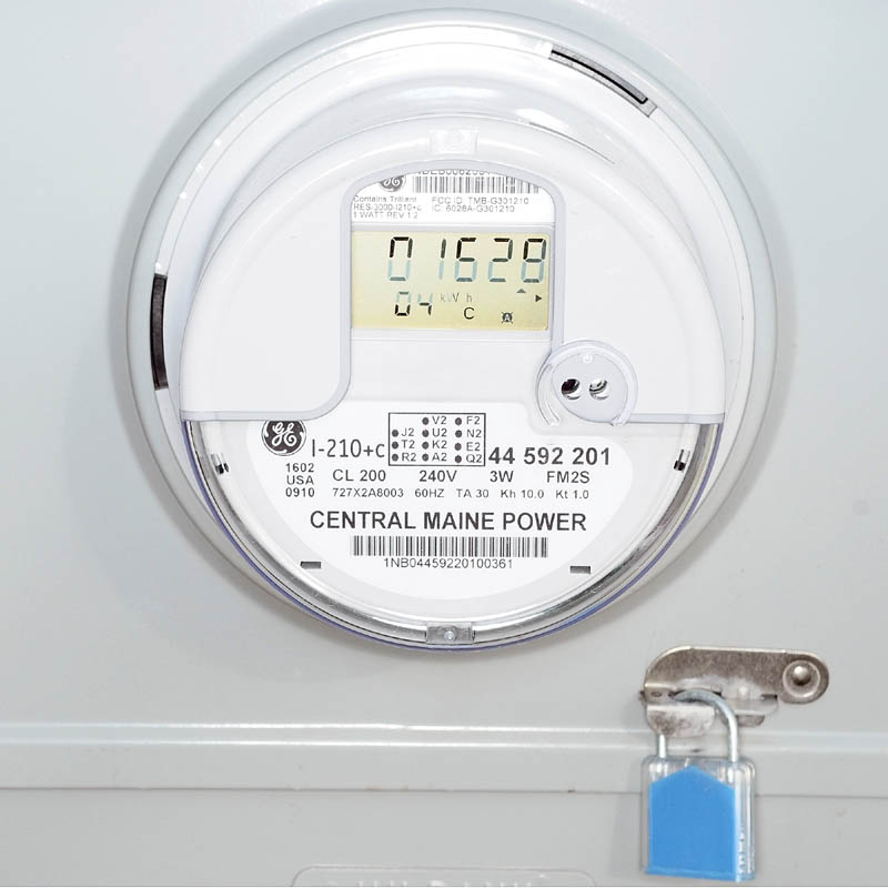 Even as Central Maine Power has installed more than 600,000 smart meters in Maine, including nearly all in the greater Augusta area, some critics are still raising safety concerns about the wireless power readers.