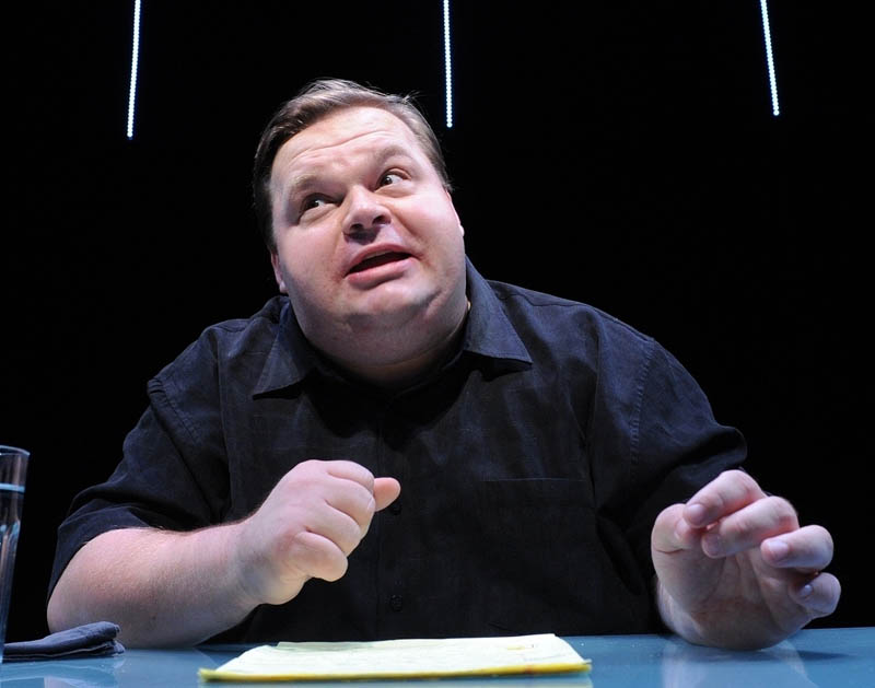 Mike Daisey is a 1996 Colby College graduate.