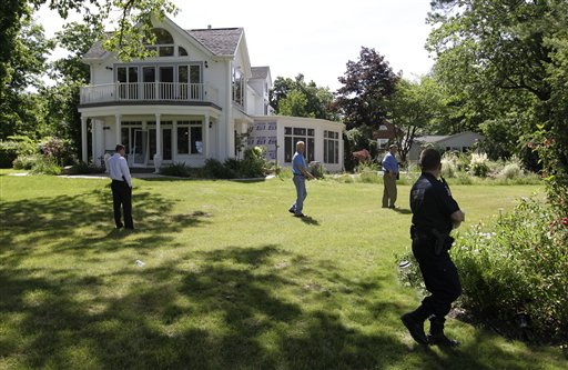 Police search the home of Dr. Timothy Jorden in Hamburg, N.Y., on Thursday.