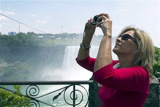 Bogumila Zbyszewska of Toronto photographs the tightrope that Nik Wallenda will use tonight.