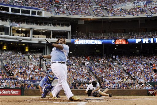 American League's Prince Fielder, of the Detroit Tigers, swings during the MLB All-Star baseball Home Run Derby, Monday, July 9, 2012, in Kansas City, Mo. Fielder won the competition. (AP Photo/Charlie Riedel)